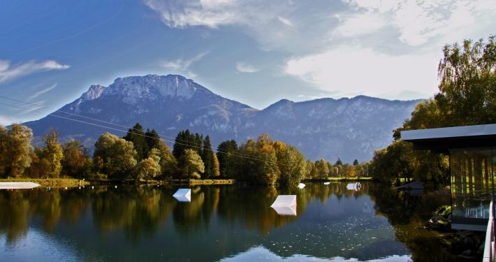 Baden im Hödenauer See in Bayern