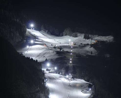 Flutlichtskifahren